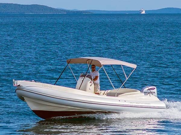 Rent a boat for the day or half of the day Trogir
